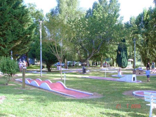 mini-golf-08-2008.jpg